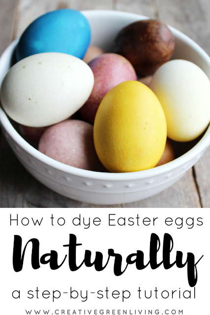 How to dye Easter eggs with natural dyes. Ideas for ways to dye eggs with natural vegetable and plant dyes. #creativegreenliving #easter #easterDIY #eastercraft #eastereggs #eggdying #howtodyeeggs