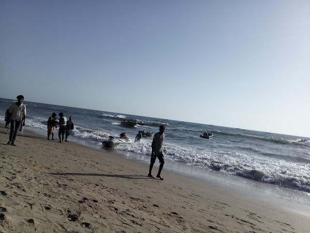 пляж в Анджуне