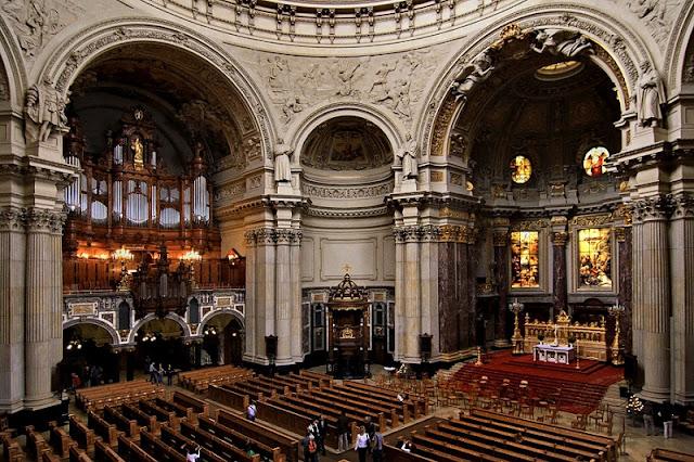 Interior da Catedral de Berlim