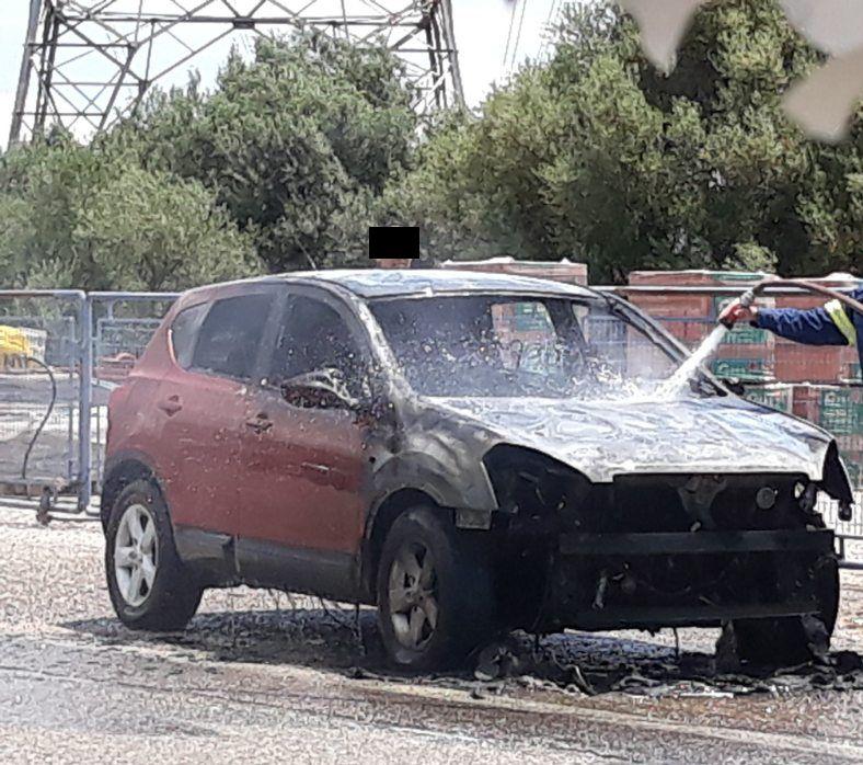 dc1476e35af Για φωτιά που ξέσπασε σε όχημα λίγο πριν την είσοδο της Παραβόλας  ειδοποιήθηκε η Π.Υ Αγρινίου στις 13:15. Το όχημα κινούνταν στην ε.ο Θέρμου  Αγρινίου στο ...