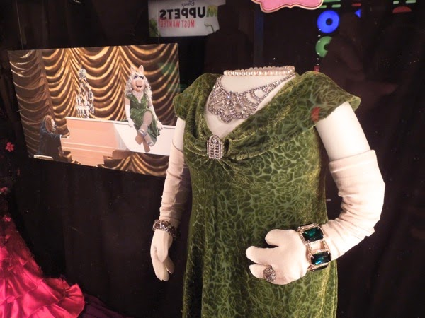 Muppets Most Wanted Miss Piggy Dublin gown