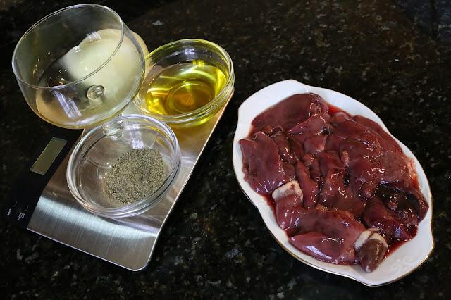 Ingredientes para higaditos de pollo en salsa