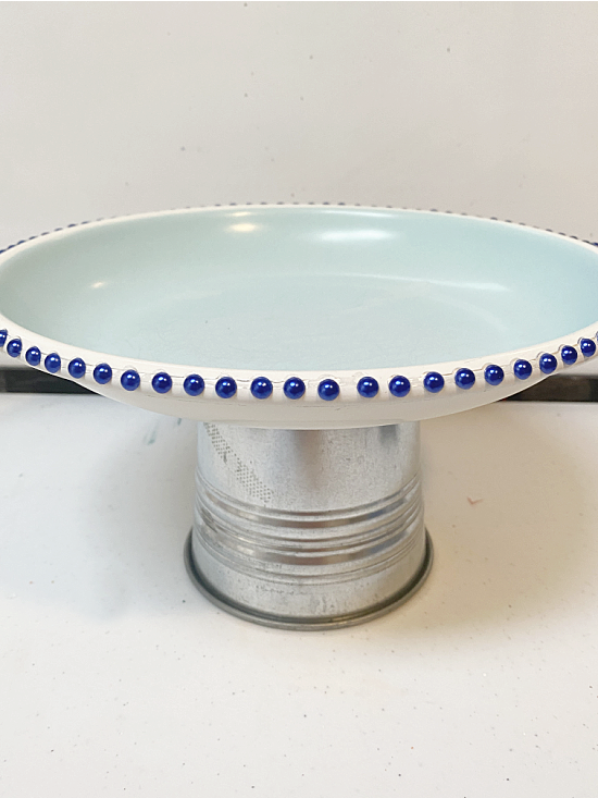 pedestal dish with beads