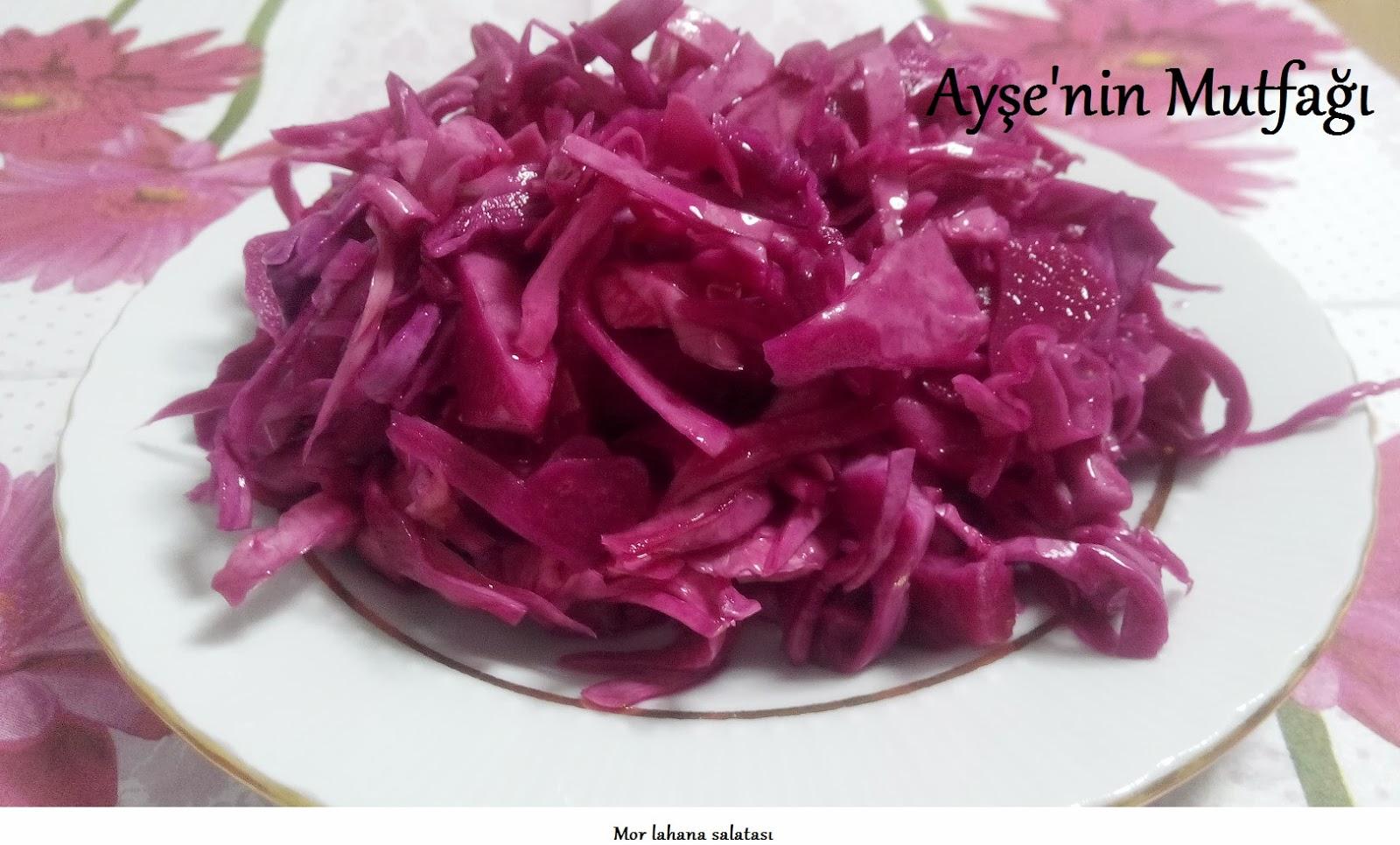 Kızılcık ile lahana salatası tarifi 8
