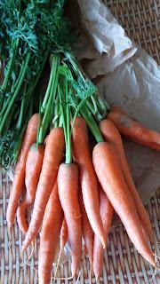 Courgettes jaunes et carottes; sauté de légumes à l'huile d'olive