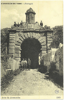 OLD PHOTOS / Arco da Aramenha, Castelo de Vide, Portugal