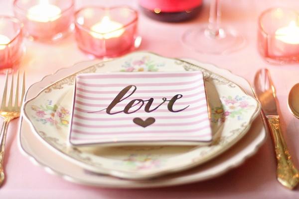5 Formas de Comemorar Seu Aniversário de Casamento