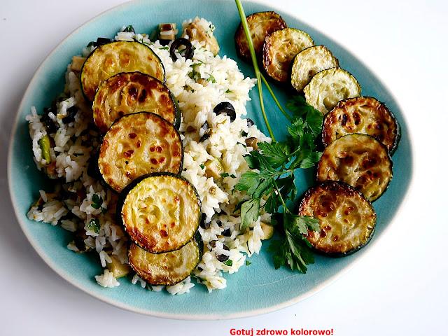 Sałatka ryżowa z cukinią i awokado - Czytaj więcej »