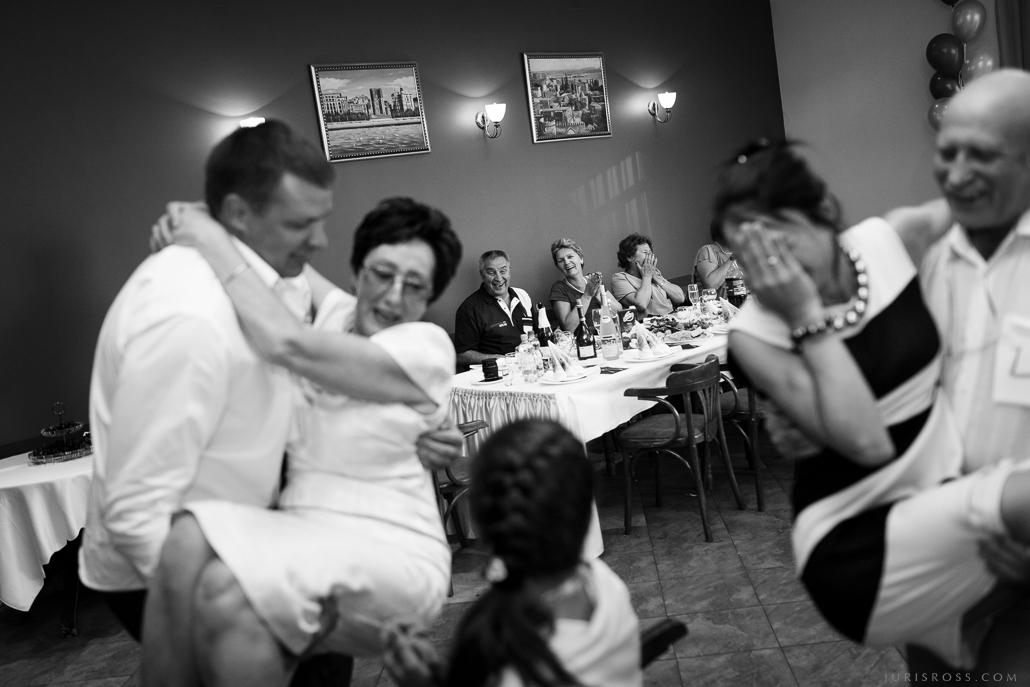 kāzu spēles bankets viesi svinēšana