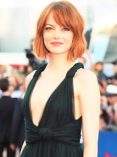 Emma Stone hottest acress hollywood