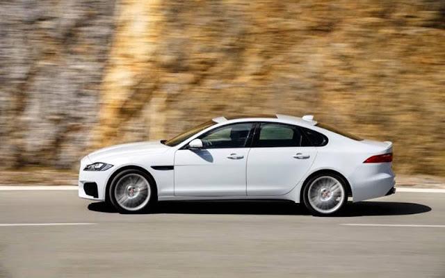 Jaguar XF tích hợp công nghệ thích ứng toàn bề mặt và truyền động thông minh