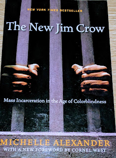 Book cover to Michelle Alexander - The New Jim Crow