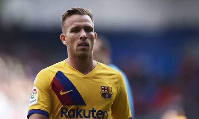 برشلونة يتلقى خبراً ساراً بشأن أرتور ميلو