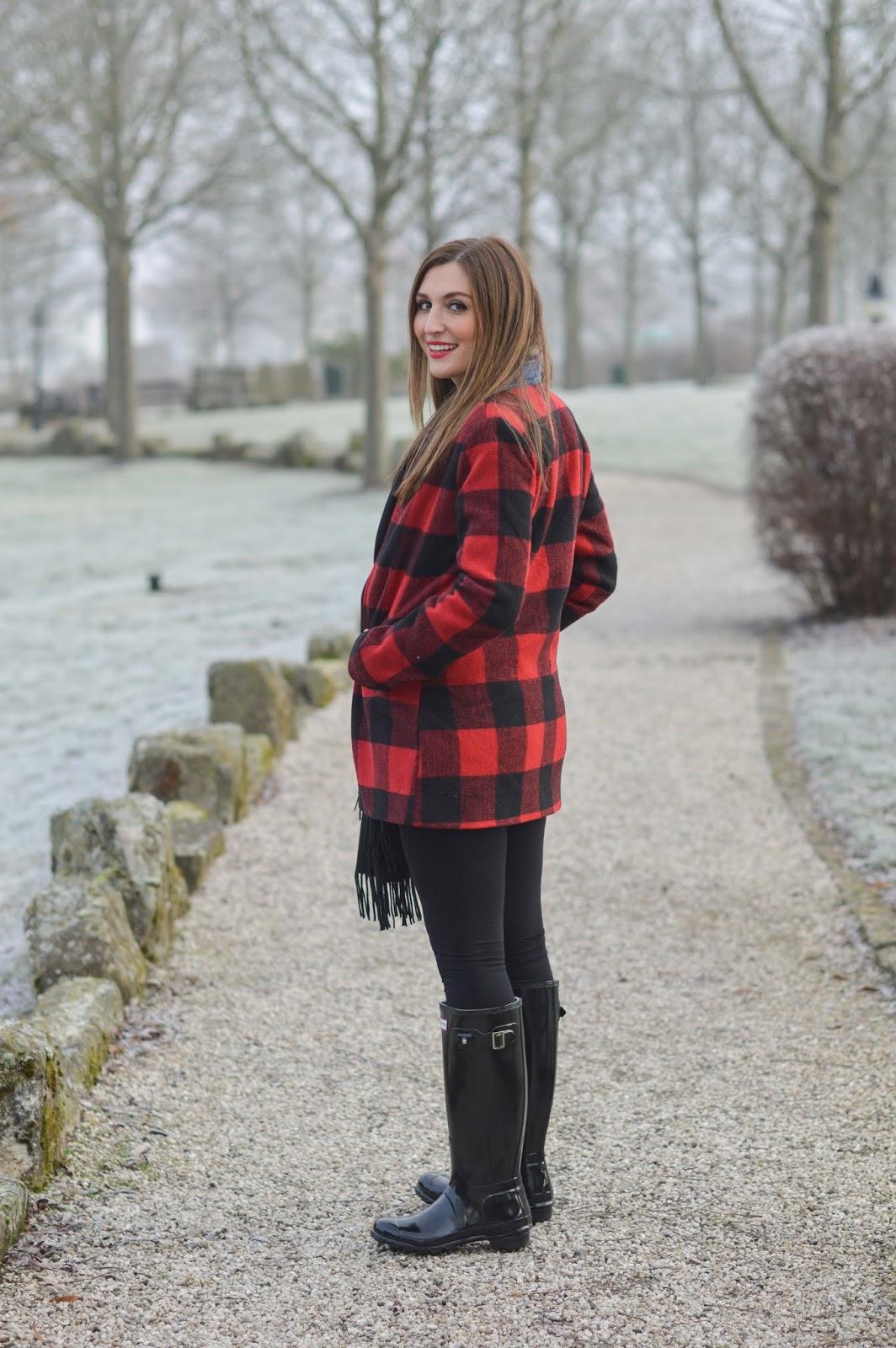 Fashionstylebyjohanna - Fashionblogger mit schwarzen Hunter Boots - Hunter Gummiestiefel - Münchner Modeblogger - Fashionblogger aus Frankfurt - Fashionblogger aus Deutschland