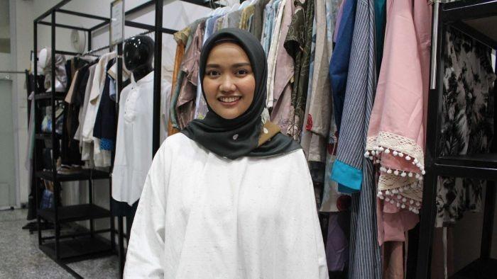 Kisah Wanita Sukses Berwirausaha Baju Muslim