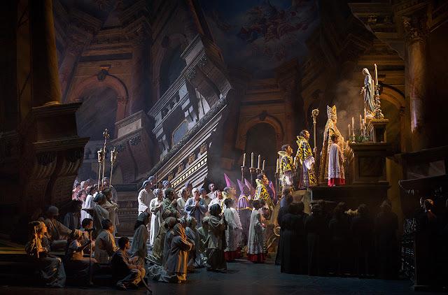 Final del primer acto de Tosca