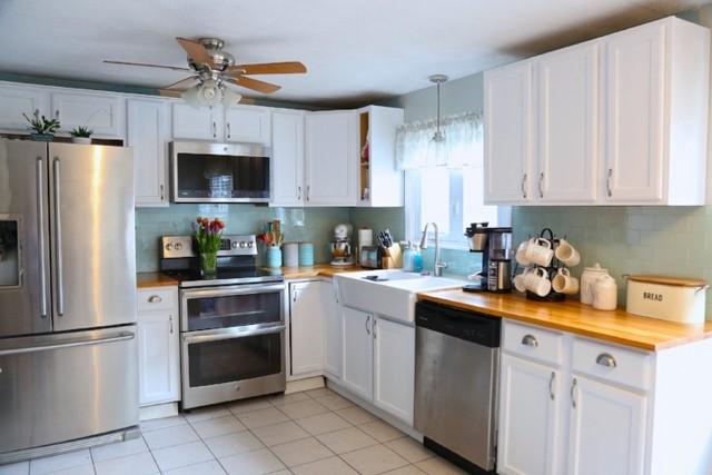 Kitchen Cabinet Crown Moulding Installation