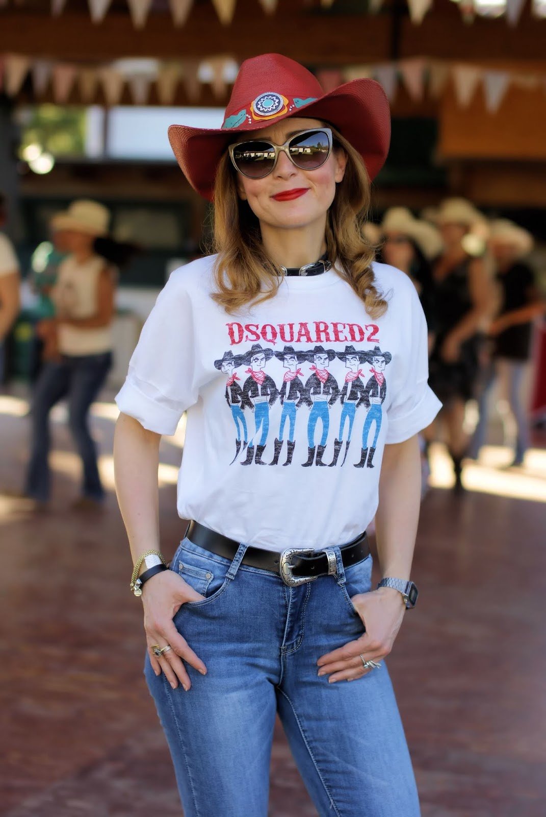 Country line dancing in a Country Western style outfit on Fashion and Cookies fashion blog, fashion blogger style