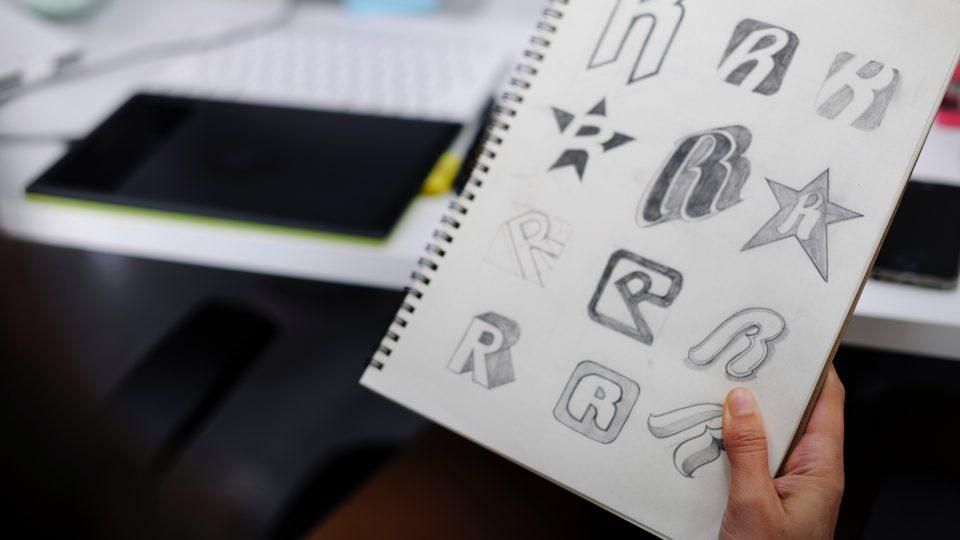 Membuat Desain Logo Keren