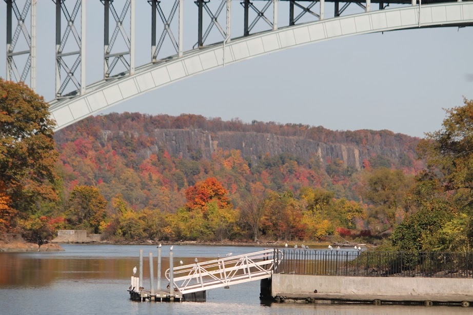 Fall Foliage Day Cruises from NYC