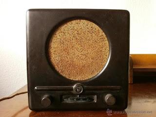 Un Volksempfänger, los receptores de radio baratos que se popularizaron en la Alemania nazi.