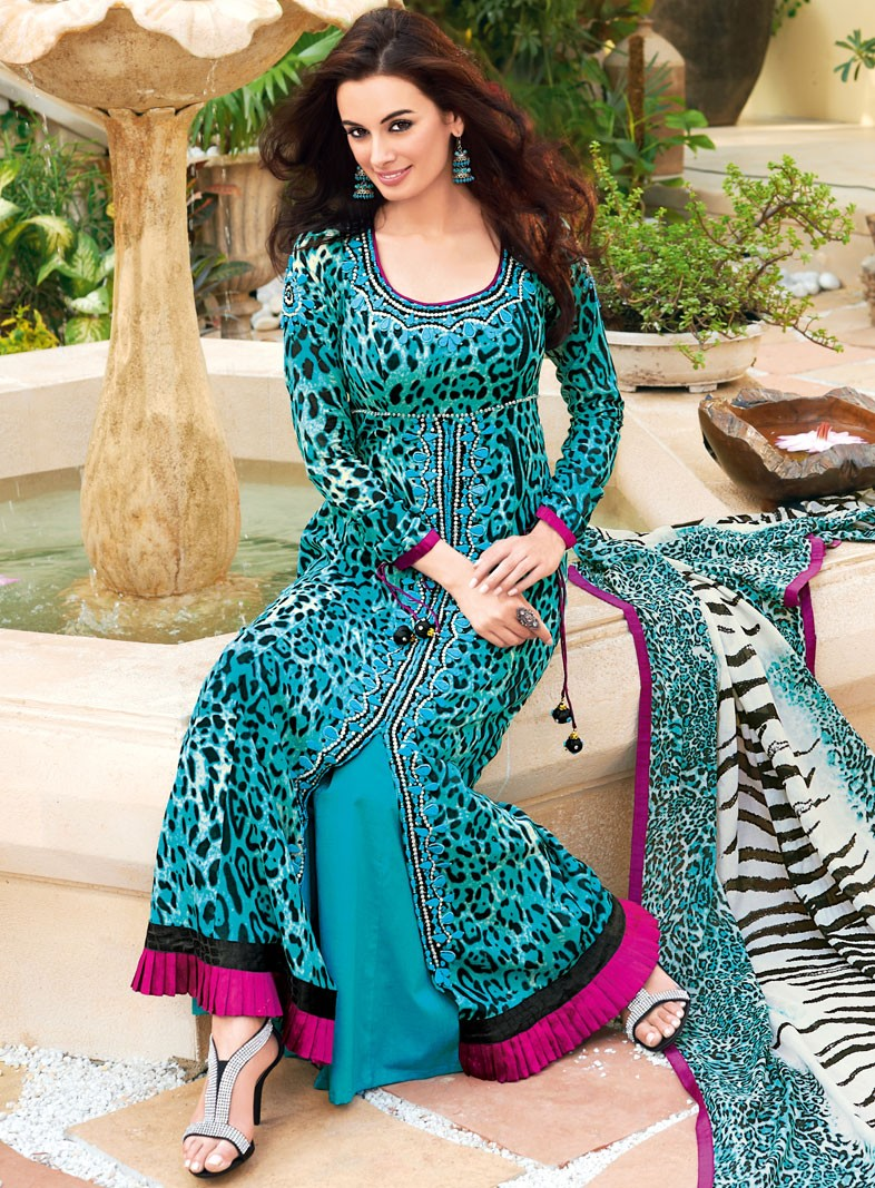 Fashion: Latest Gul Ahmed Summer Designs
