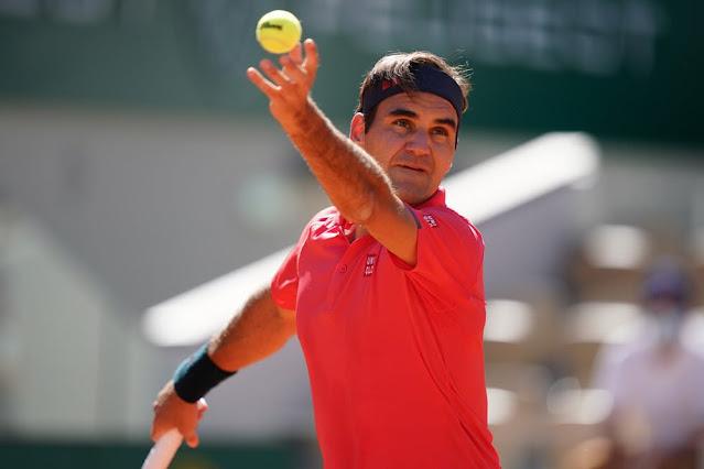 Após mais de um ano fora dos Grand Slams, Roger Federer tem boa estreia em Roland Garros