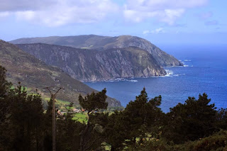 Acantilados más altos de Europa, San Andrés de Teixido, Cedeira, niebla, bosque petrificado, Munimara,