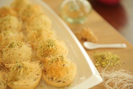 تارت الكنافة بالمكسرات - مطبخ منال العالم
