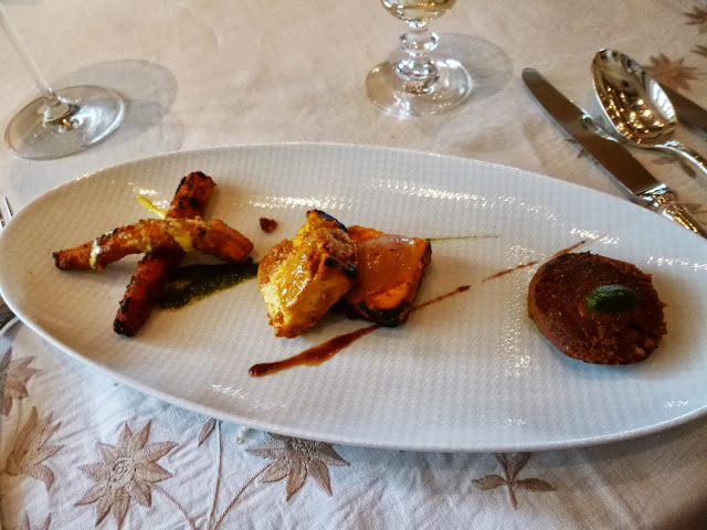 Lunch at Falaknuma Palace: trio of vegetarian appetizers
