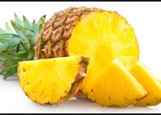 natural diet with pineapple
