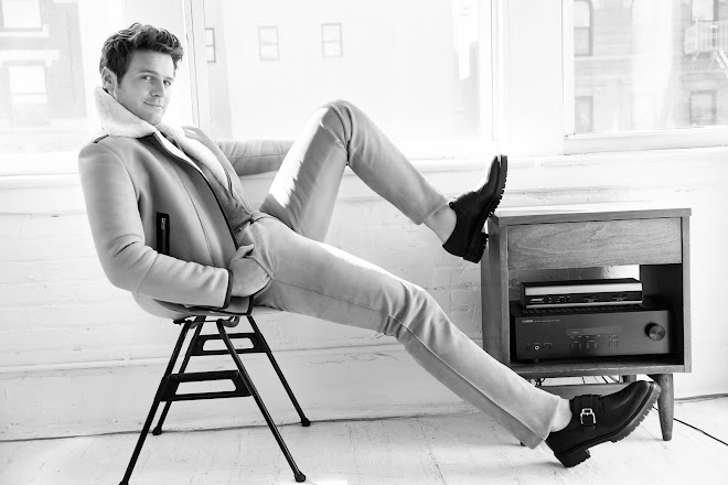 Actor, Jonathan Groff