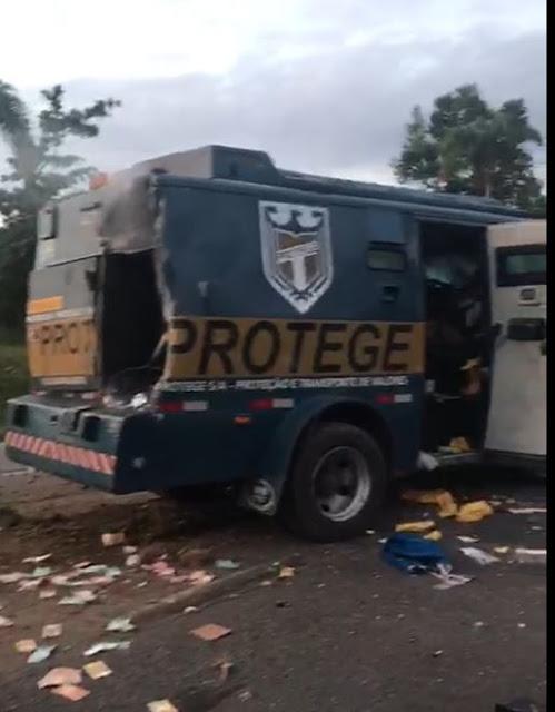 Assaltantes fortemente armados troca tiros com Carro Forte na Br-116 em Miracatu