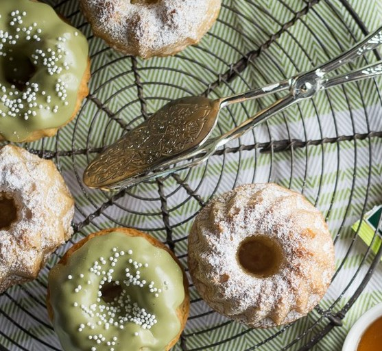 Matcha Almond Tea Cakes #desserts #sweets