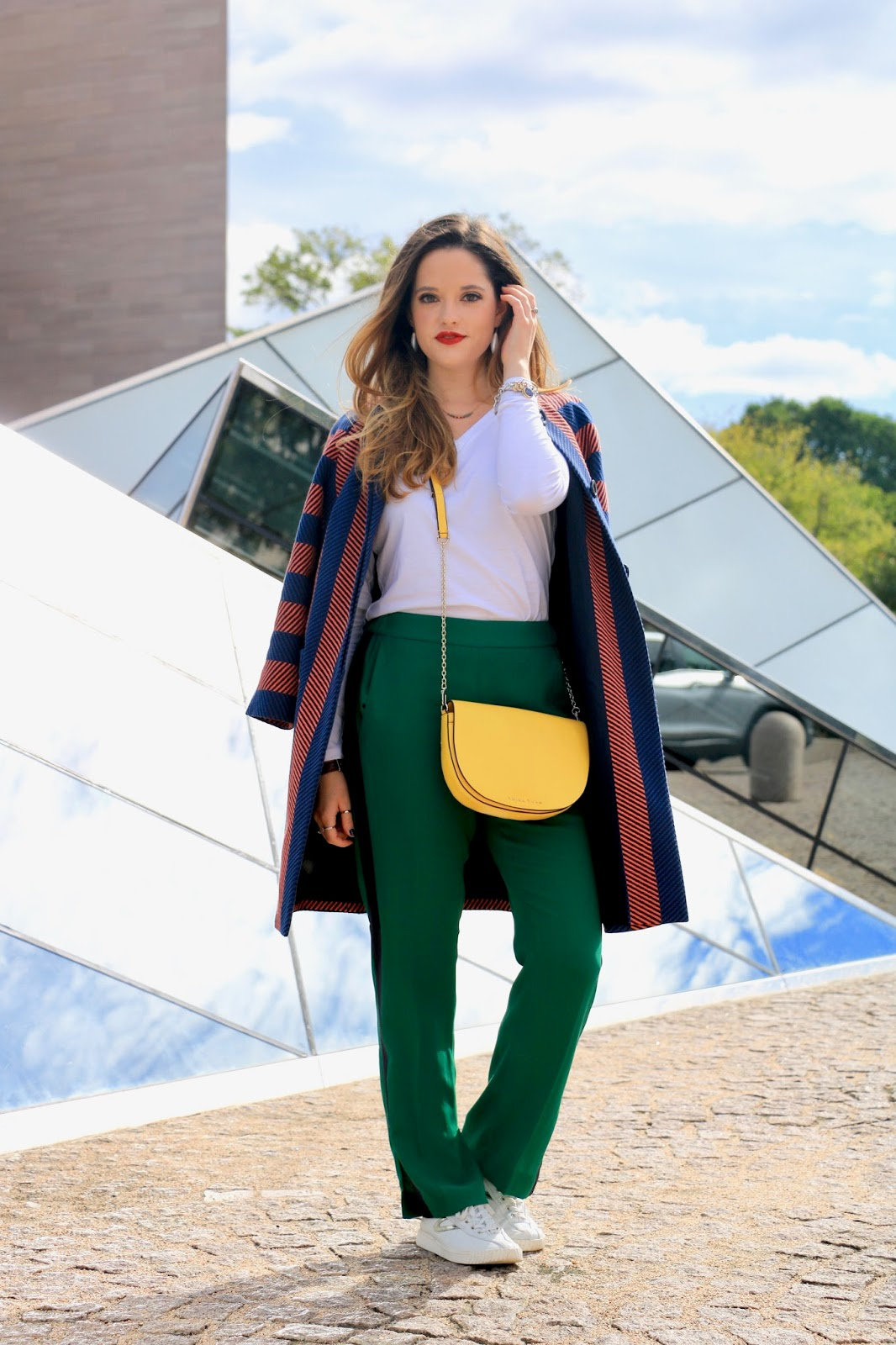 Nyc fashion blogger Kathleen Harper's track pant outfit ideas