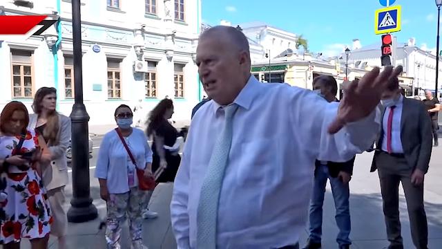 Это не победа – заявляет Жириновский, а полное поражение, поскольку выборы прошли с массовыми нарушениями