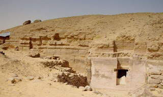 Newly discovered tomb, possibly belonged to Imhotep