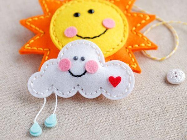 keçeden güneş ve bulut yapımı süsler