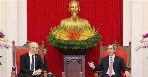 Kính thực tế ảo của Facebook sẽ được sản xuất tại Việt Nam