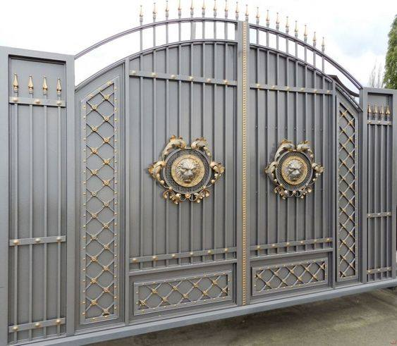Beautiful%2BGates%2BDesigned%2B%2526%2BInstalled%2Bfor%2BYour%2BDriveway%2B%25282%2529 Beautiful Gates Designed & Installed for Your Driveway Interior