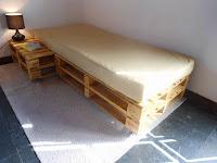 cama de una plaza hecha con palets facil