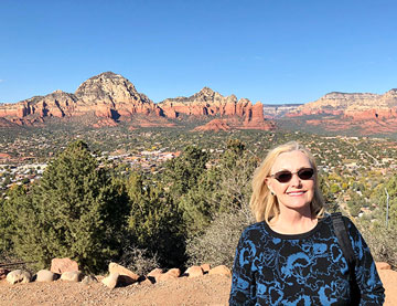 Resident Astronomer Peggy with some red rocks in Sedona area (Source: Palmia Observatory)