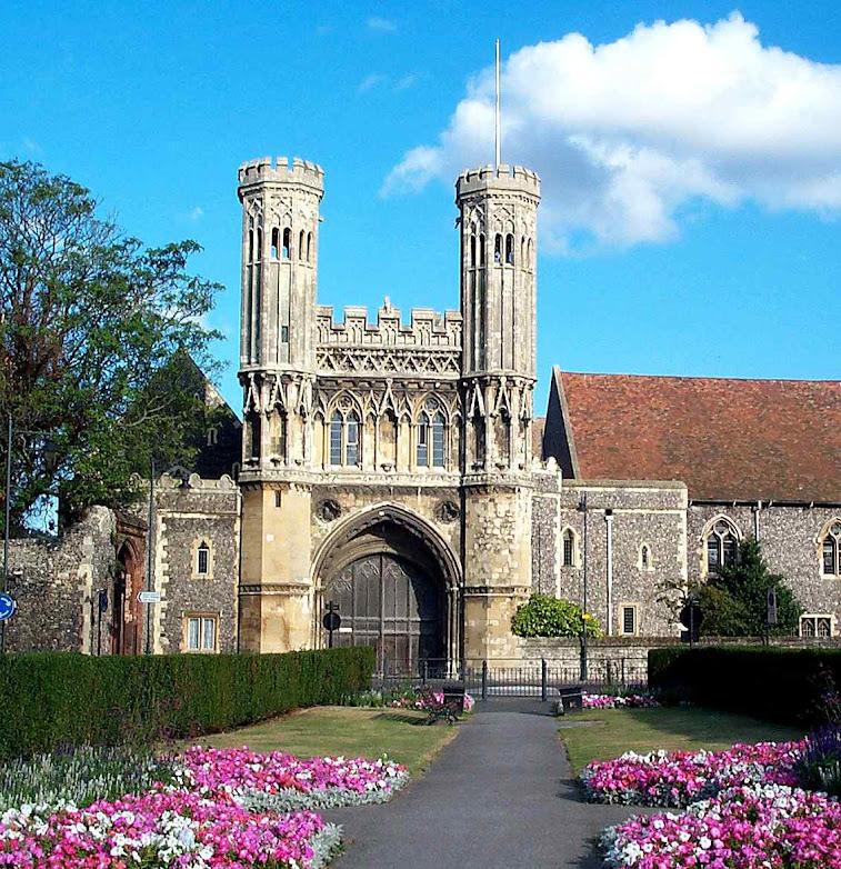 Atual abadia de Santo Agostinho em Cantuária