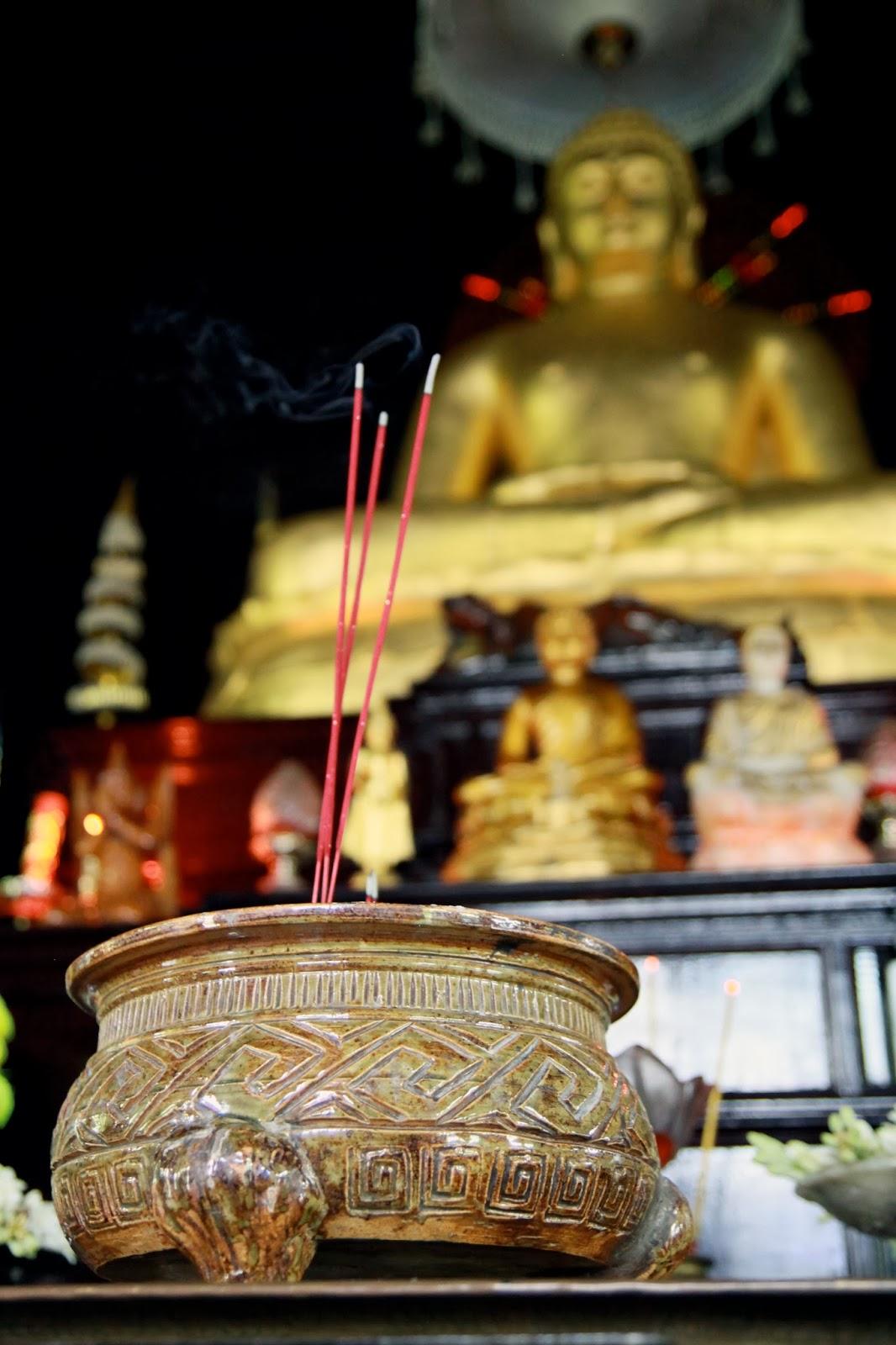 Buddhist Images Lambanglambang Agama Buddha