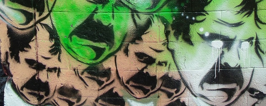 En las paredes del Camp Krome