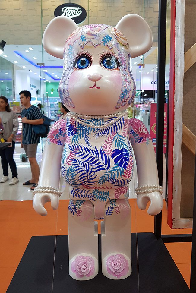 "Suriwan Sutham - ""Color Me Bear 2018"" custom Be@rBrick toy"