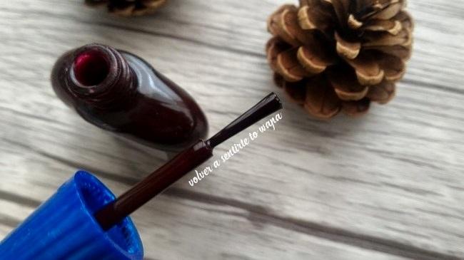 Esmalte 4free de Masglo - tono Piel de Toro - Granate oscuro