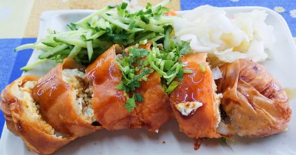 《台中.太平》一品香春捲臭豆腐|麵線糊|太平知名美食|新口味傳統小吃