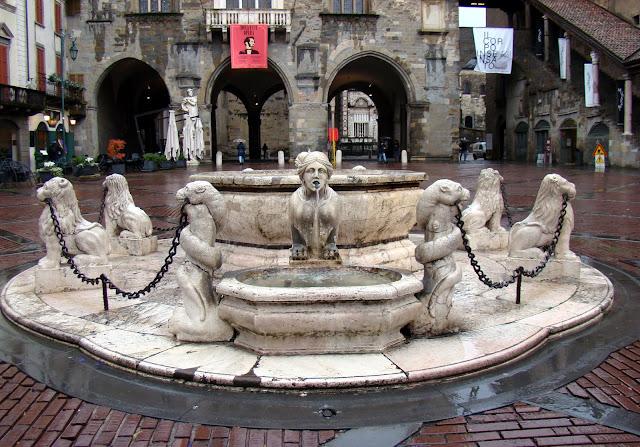 Fontanna di Piazza Vecchia