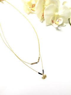 https://www.alittlemarket.com/collier/fr_collier_leah_double_chaine_en_plaque_or_et_perle_de_miyuki-18933435.html
